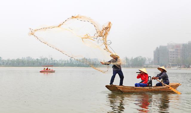 悠然蓝溪景区打渔人家